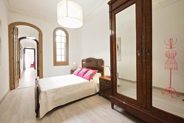 Great wooden armoire, ideal for long term stays