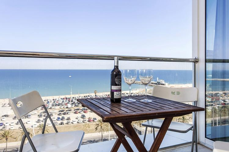 Amazing beach front apartment in Barcelona | Barcelona-Home