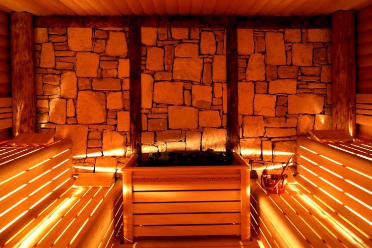 Single room for rent in sagrada familia barcelona home - Saunas en barcelona ...