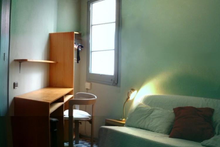 Habitaciones para estudiantes en eixample barcelona home for Habitaciones para estudiantes