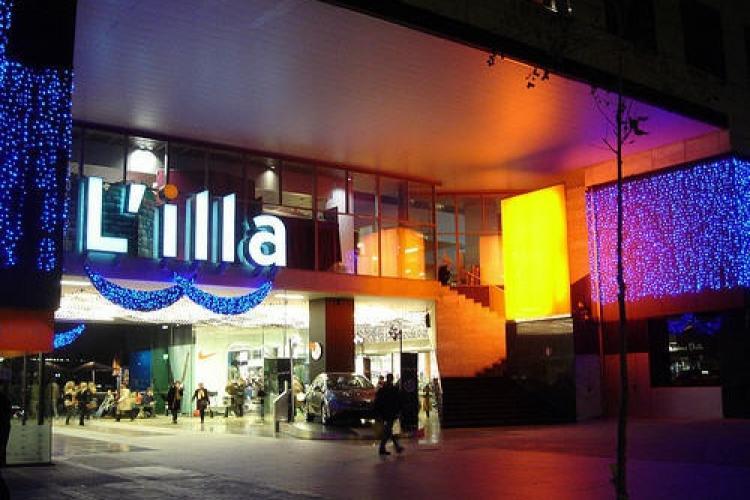 Or check out the L´illa shopping center, also on Avenida Diagona.