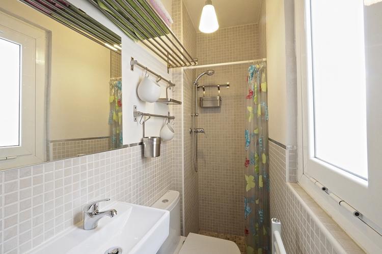 The bathroom has recently been refurbished.