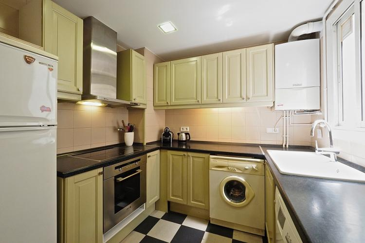 The separate kitchen is fully equipped with all the accessories you will need to cook during your stay.