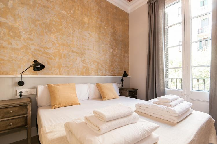 een slaapkamer ontwerper huis in eixample  barcelonahome, Meubels Ideeën