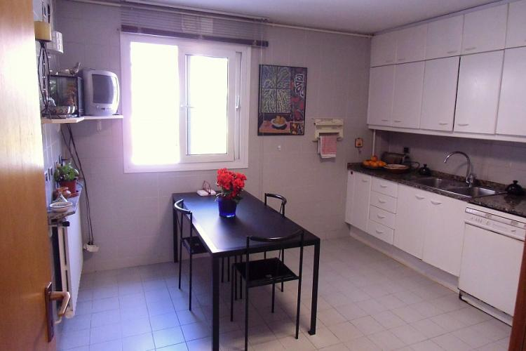 Modern kitchen, fully furnished