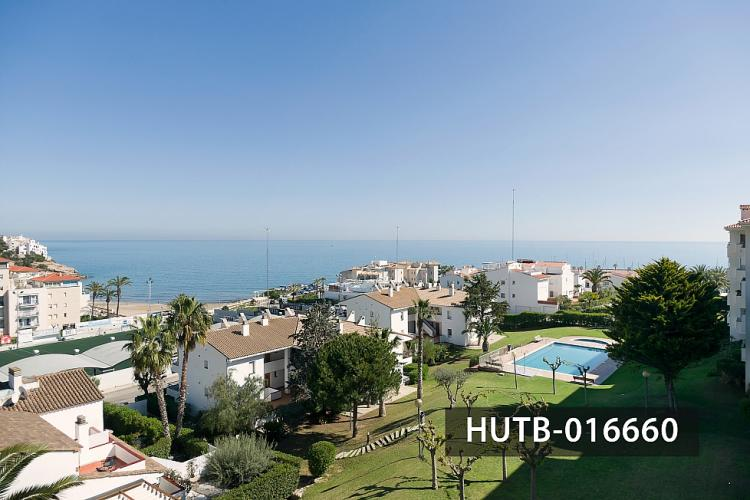 The apartment overlooks a beautiful scenery of the mediterranean coast