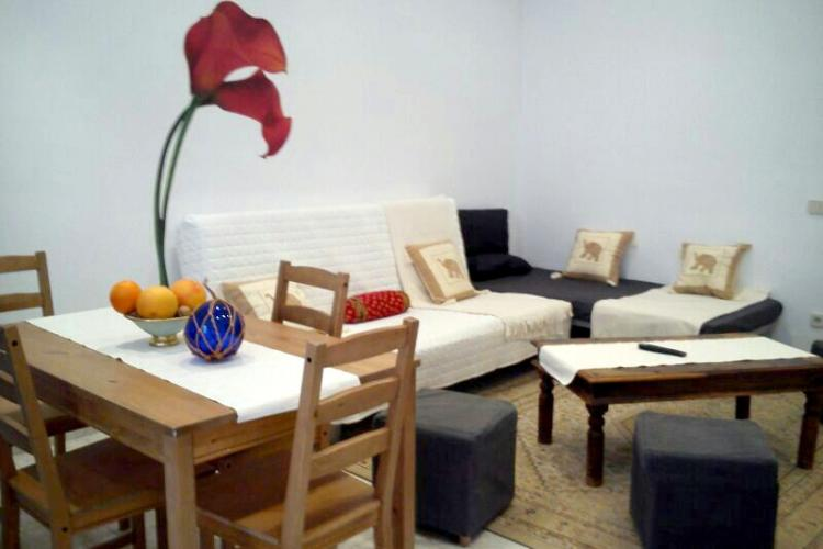Apartment for rent with terrace in Las Ramblas
