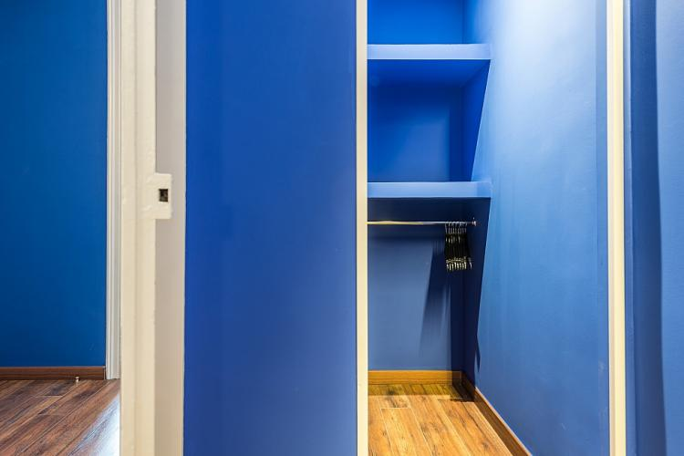closet. deluxe apartment.