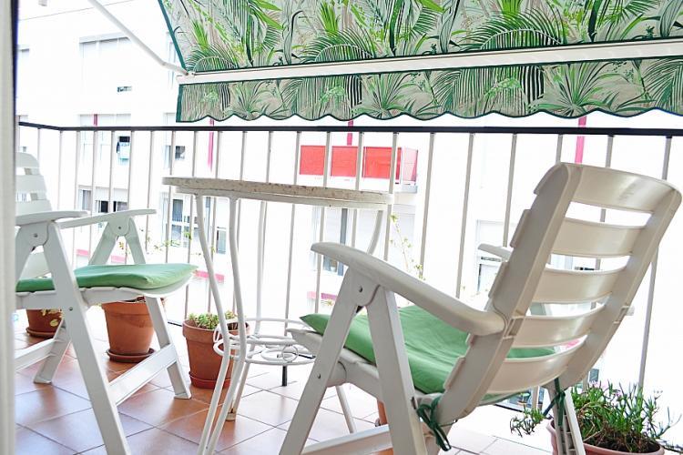 Nice balcony to enjoy the sunny days
