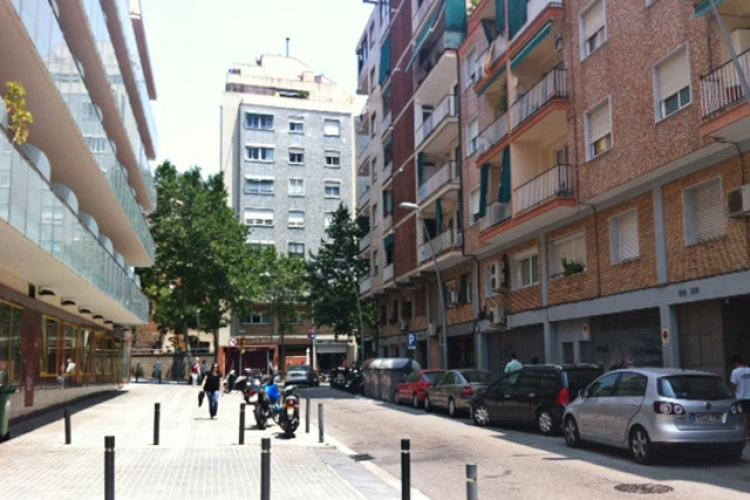 The apartment is located in the Gracia neighborhood.