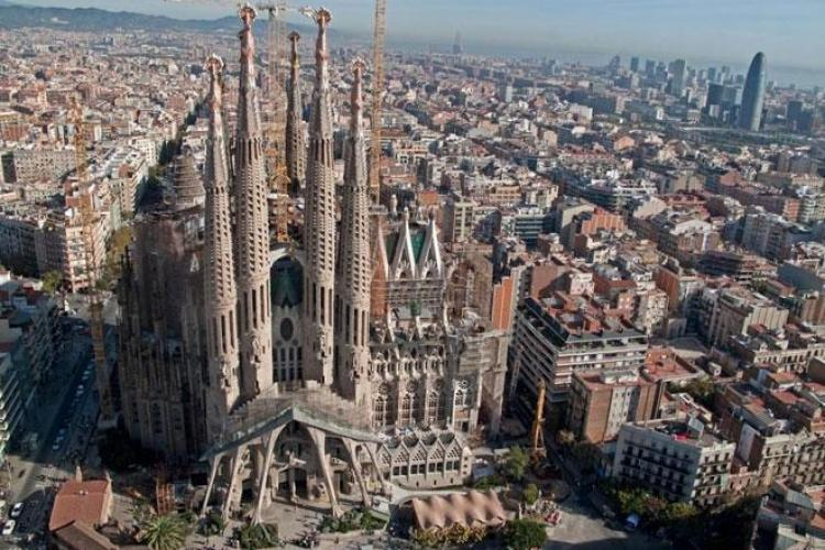 The architecture in Barcelona is amazing. We recommend a visit to the Sagrada Familia!