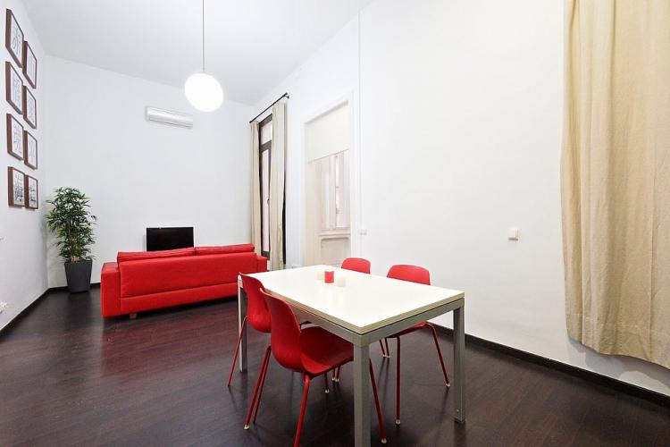 The apartment can accommodate up to 8 guests