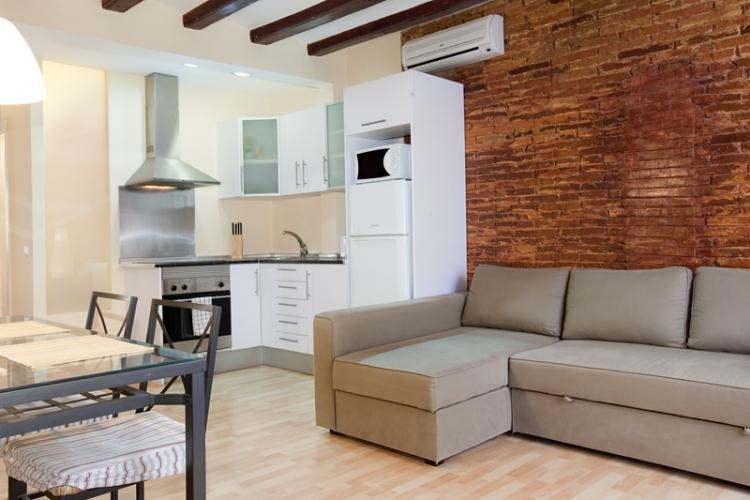 Great appartment in the perfect location : near the famous avenue of La Rambla