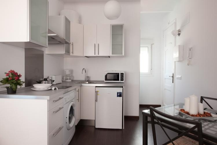 Modern and equipped kitchen