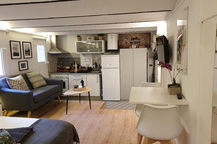 Cheap apartments in Barcelona Barcelona-Home