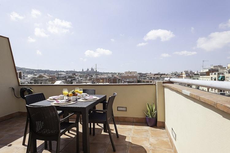 Barcelona Penthouse For Sale In Comte Borrell Sant Antoni