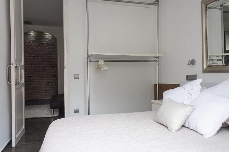 Affitto annuale appartamento vicino al camp nou for Hotel vicino al camp nou