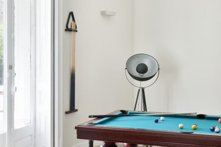 Lägenhet i Eixample med biljard och galleri för filmning