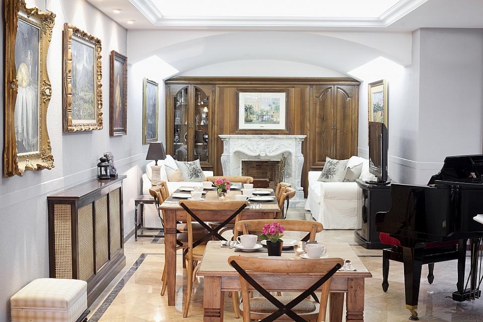 endroit de r ve de luxe pr s de barcelone barcelona home. Black Bedroom Furniture Sets. Home Design Ideas