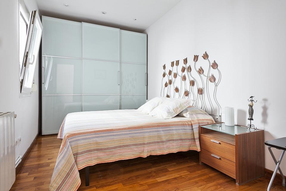 Koselig og lys toppleilighet med stor terrasse barcelona for P m bedroom gallery