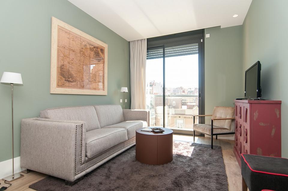 piso de una habitaci n en alquiler en sagrada familia barcelona home. Black Bedroom Furniture Sets. Home Design Ideas