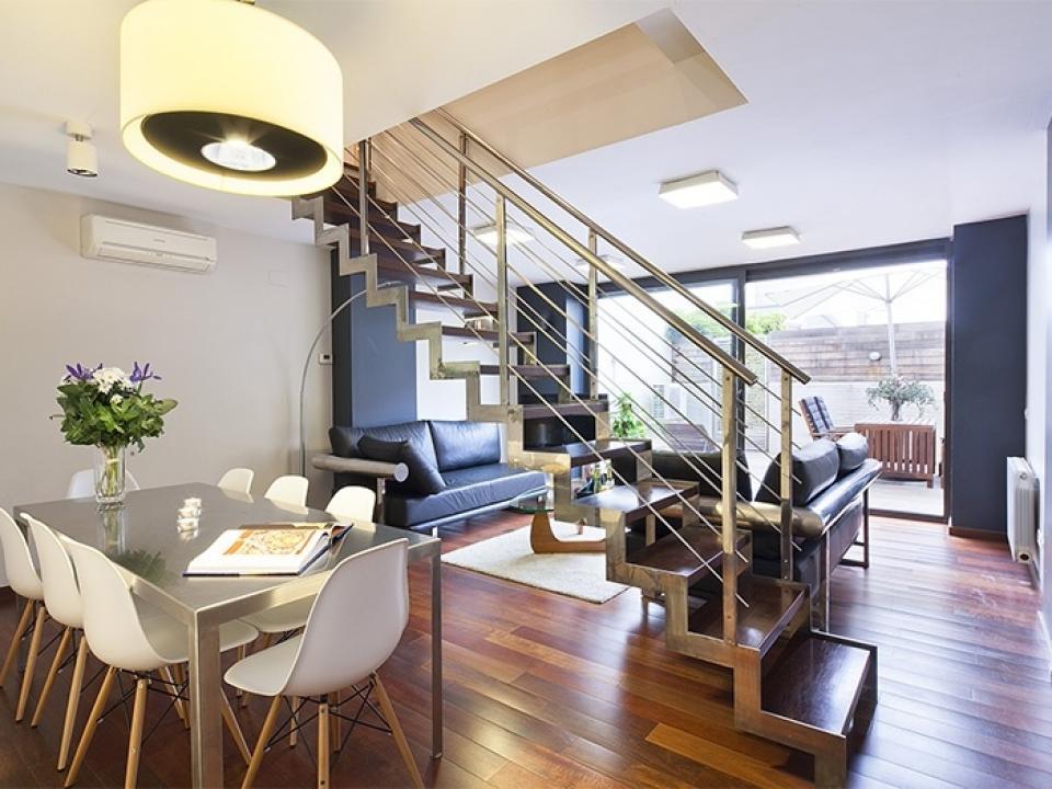 Alquiler pisos con terraza y piscina barcelona home for Casas con piscina barcelona alquiler
