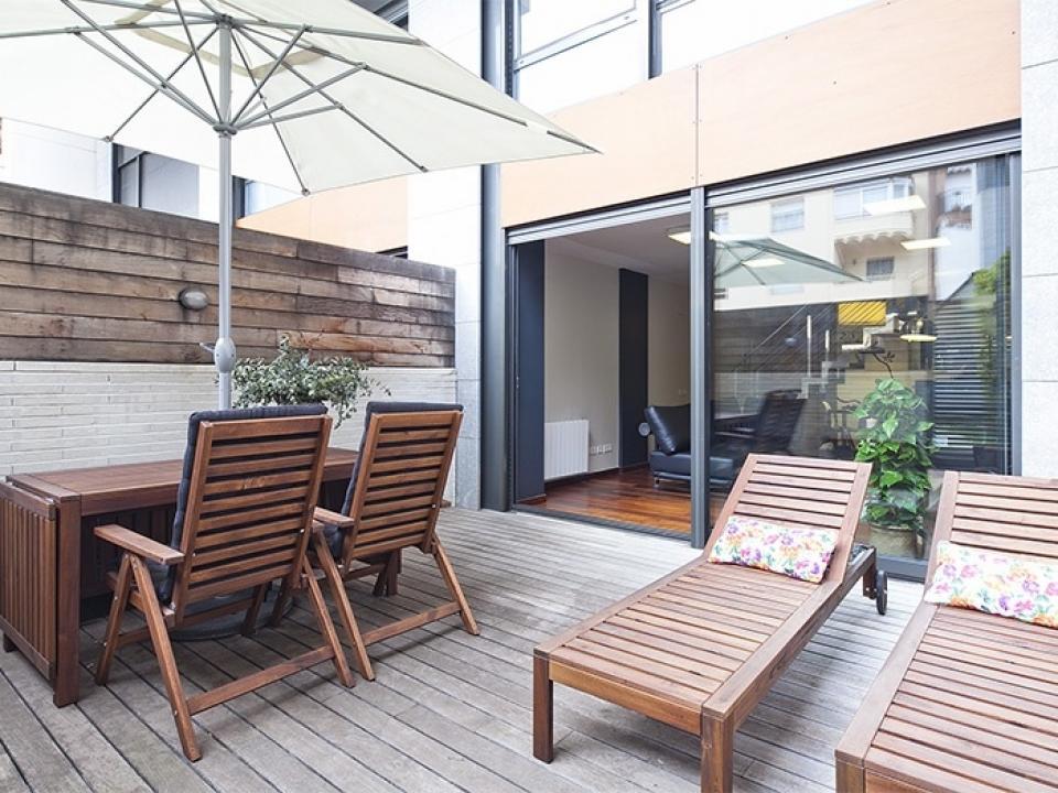 alquiler pisos con terraza y piscina barcelona home