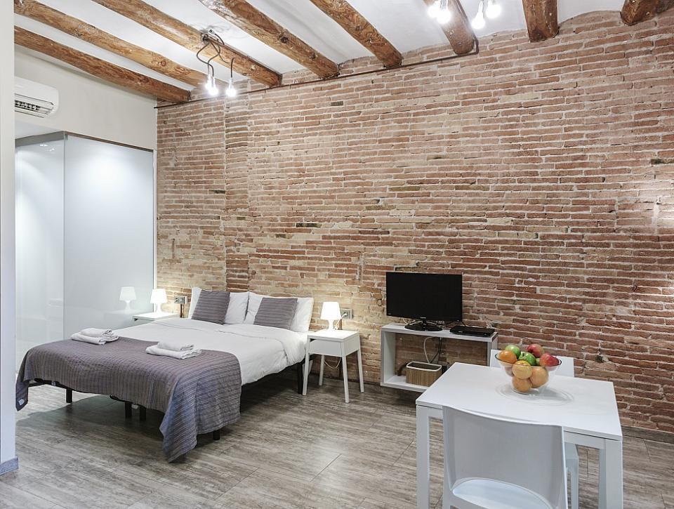 Sants estudios en alquiler barcelona home for Estudios en alquiler