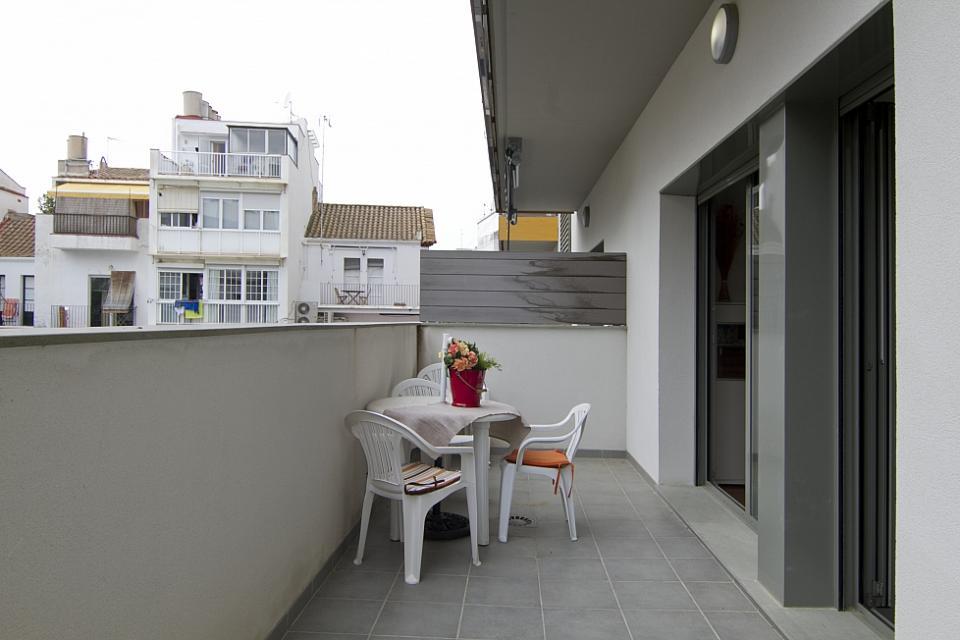 Luminoso piso de alquiler en sitges barcelona home - Alquiler pisos sitges ...