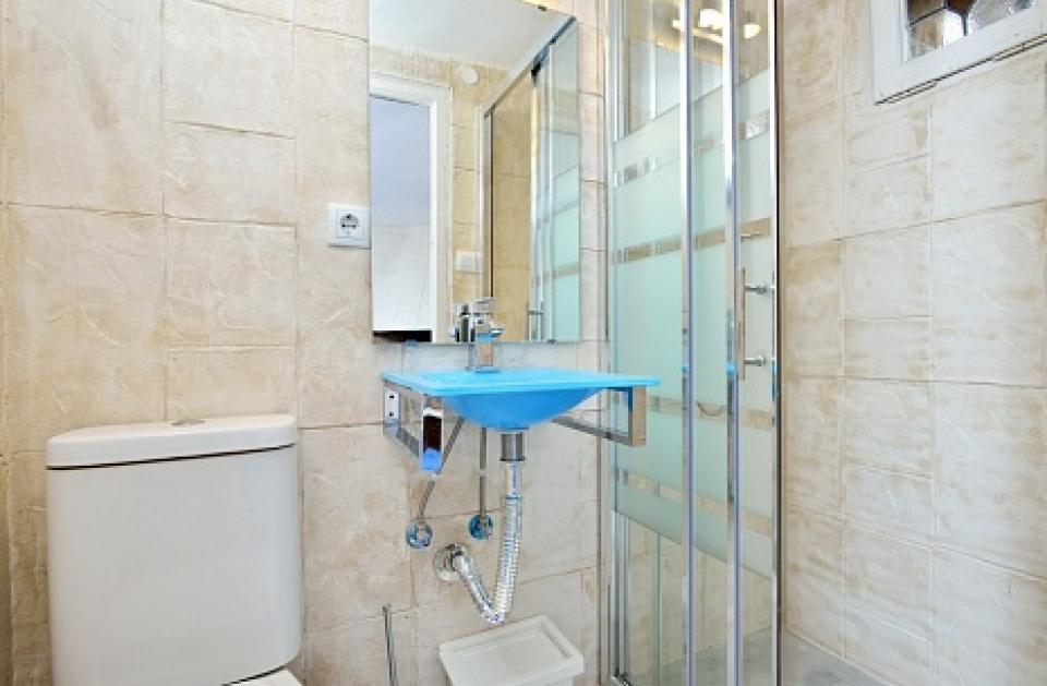 Casa vacacional con piscina en sitges barcelona home for Alojamiento con piscina