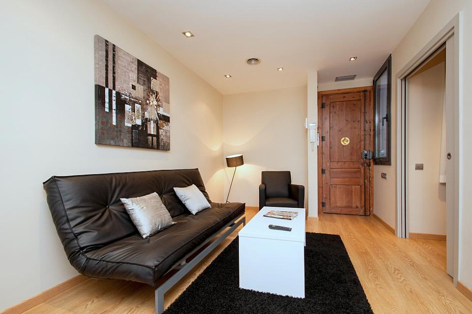 Magic fountain apartamentos en barcelona barcelona home - Apartamentos en barcelona booking ...