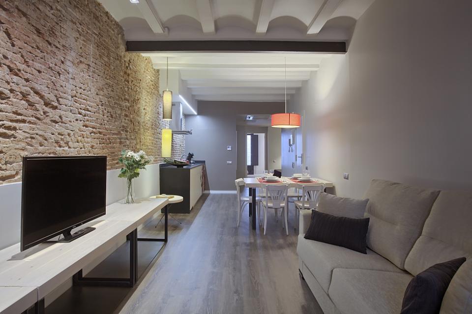 Appartamento moderno e funzionale barcellona barcelona home for Appartamento moderno