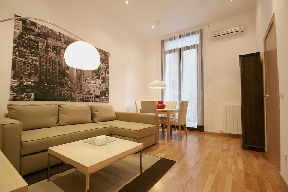 Appartamenti moderni e rilassato a eixample barcelona home for Appartamenti moderni