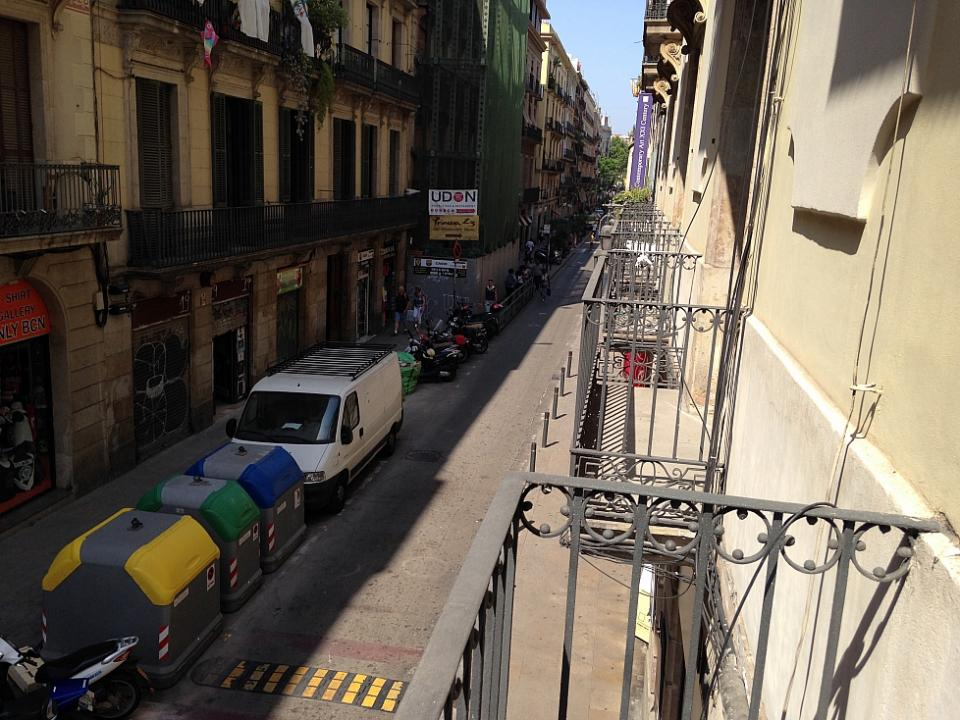 Room With Double Bed In The City Center Barcelona Barcelona Home