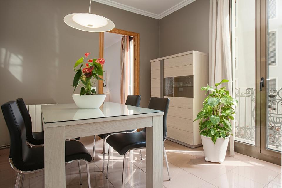 Appartamenti sagardi barcellona borne barcelona home for Appartamenti barcellona