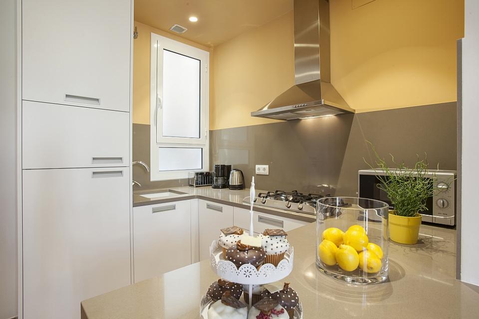 Picasso apartamento en barcelona barcelona home - Apartamentos en barcelona booking ...
