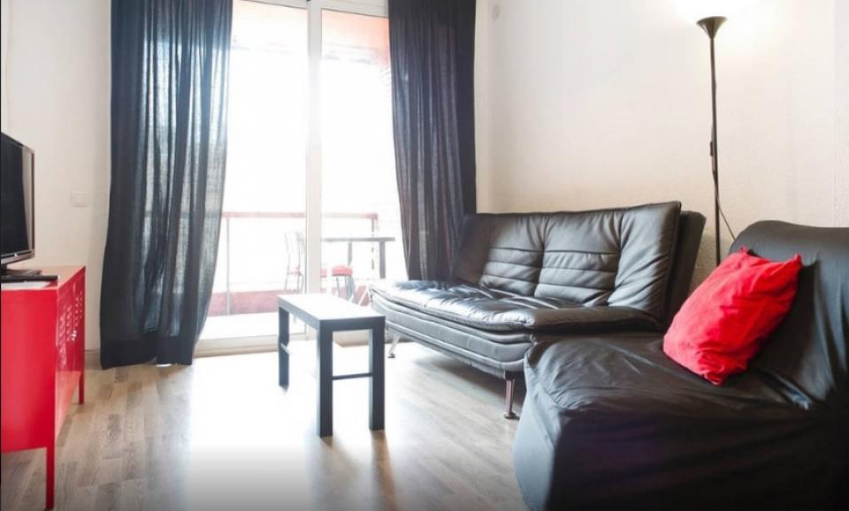 gro e wohnung mit terrasse f r gruppen und familien. Black Bedroom Furniture Sets. Home Design Ideas