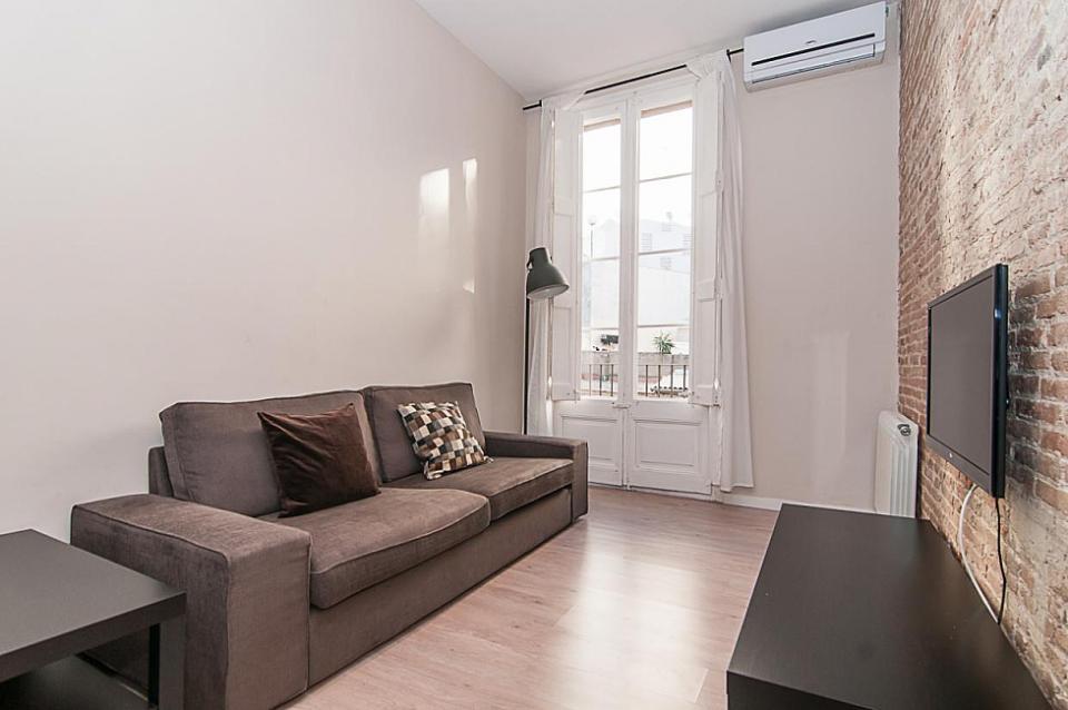 Industrie Stil Wohnung In Plaza Catalunya. 1. 96% Unsere Gäste Empfehlen  Diese Unterkunft