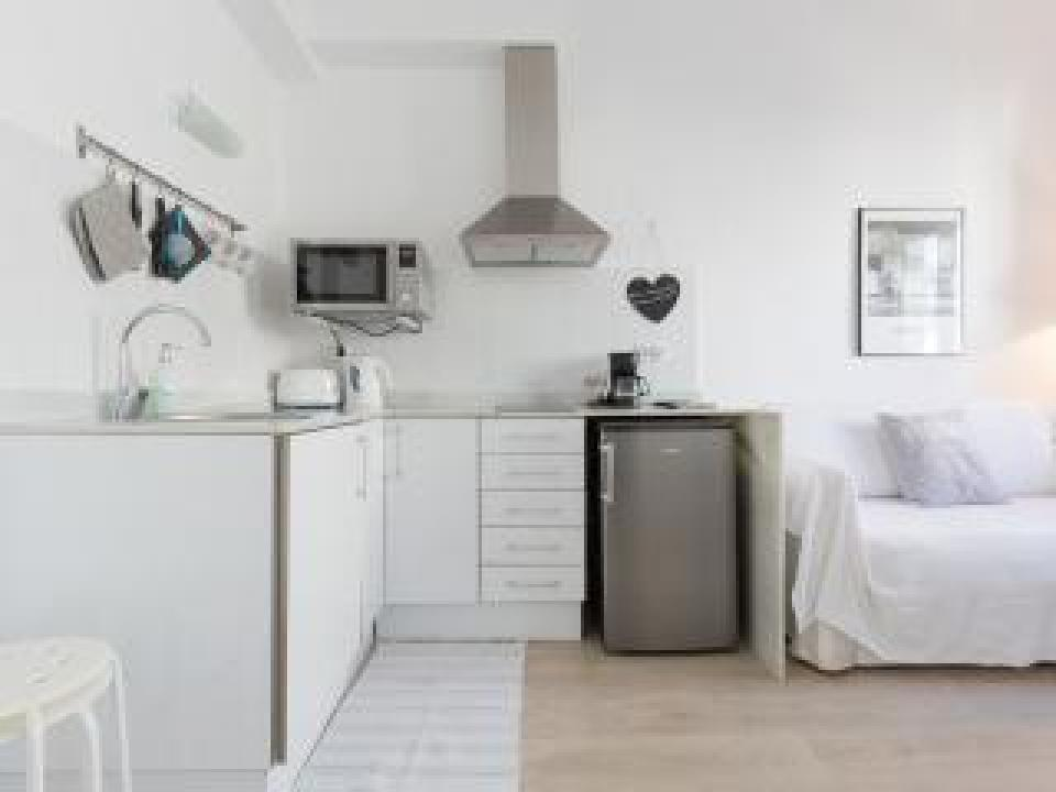 Barcelona apartments monthly rentals barcelona home for Barcelona apartment
