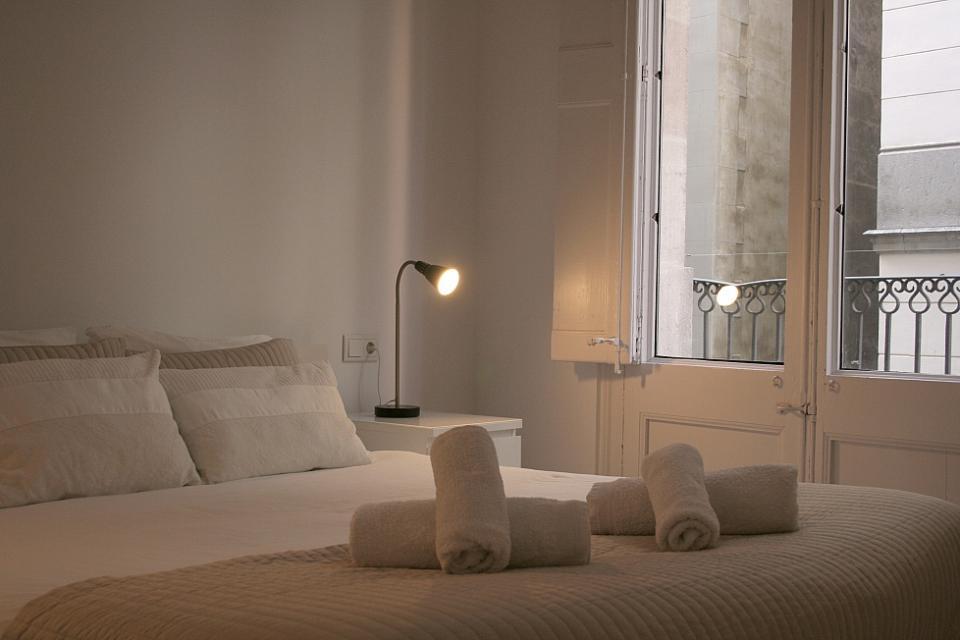 Grazioso appartamento con 2 camere da letto in stile for Capanna con 4 camere da letto