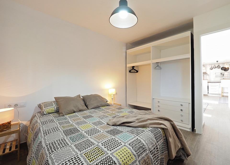 Zen stile affascinante appartamento con 2 camere da letto barcelona home - Letto barcellona ...