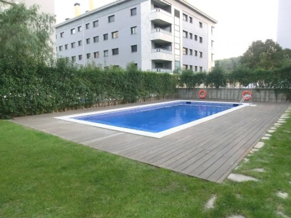 Appartement pratique avec piscine dans le centre de lloret for Appartement avec piscine