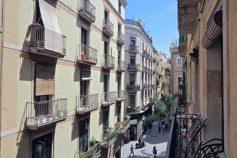 Friendly 2 appartamento vicino a pla a universitat - Placa universitat barcelona ...