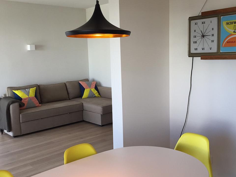Appartamento luminoso e moderno con 3 camere da letto a for Appartamento con 2 camere da letto