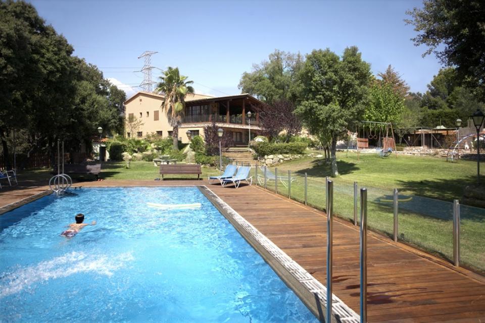 5 bedroom house with pool in terrassa barcelona home for 5 bedroom house with pool