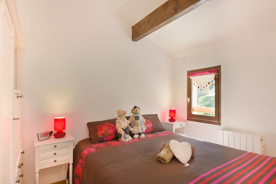 Bella casa con 2 camere da letto e vista sulle montagne for Casa con 5 camere da letto e 2 piani