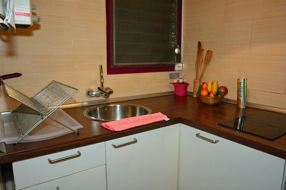 Appartamento con due camere da letto a ciutat vella for Appartamento con 2 camere da letto