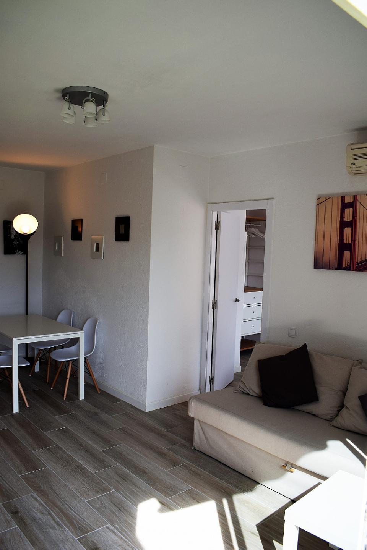 Attico 1 camera da letto a sant andreu barcelona home for Piani appartamento 1 camera da letto