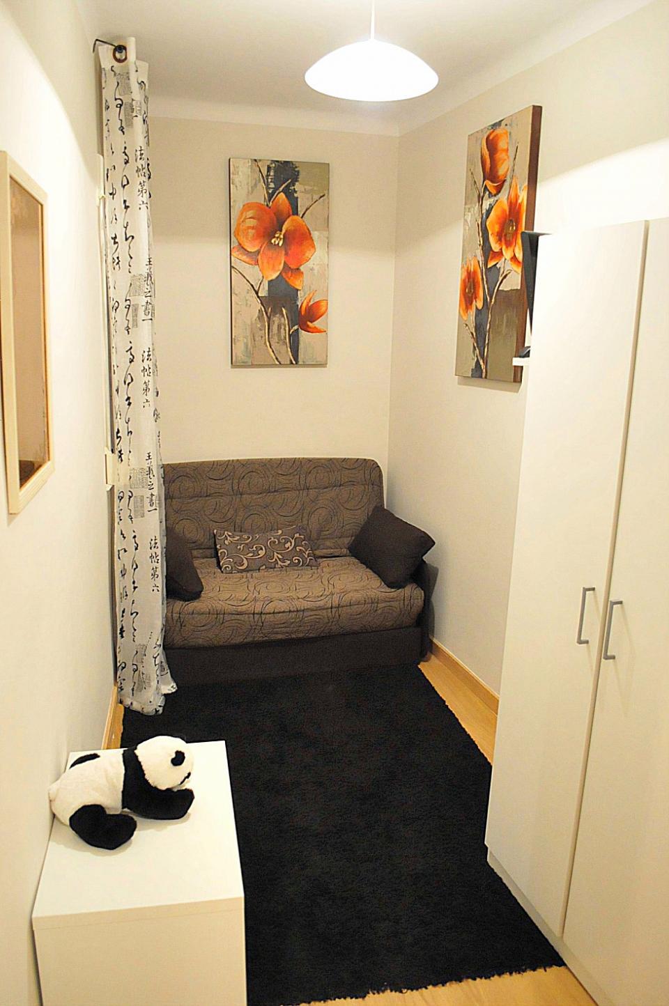 Habitaci n en alquiler plaza espa a barcelona home for Alojamiento en barcelona espana
