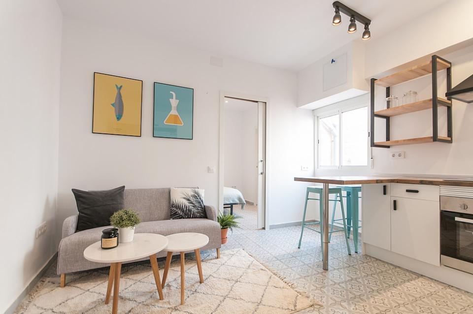 Splendido appartamento con 1 camera da letto sant antoni for Piani appartamento 1 camera da letto